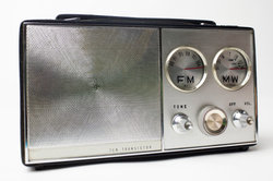Mit der richtigen Radiofrequenz finden Sie Ihren Sender.