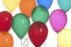 Helium wird beispielsweise in Luftballons gefüllt.