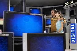 Neue Fernsehermodelle verfügen über einfachste Verbindungsmöglichkeiten zum Computer.