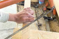 Viele Heimwerkerarbeiten lassen sich optimal mit professionellem Werkzeug durchführen.
