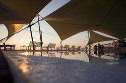 Ein aufrollbares Sonnensegel für Ihre Terrasse können Sie selber bauen.