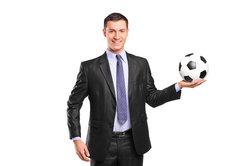 Ein wahrer Fußball-Manager nimmt auch beim Managerspiel bei Kicker teil.
