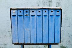 Ein einfaches Briefkastenschloss ist schnell ausgewechselt.