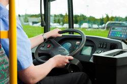 Busfahrer sollen einen einheitlichen Tarifvertrag bekommen.