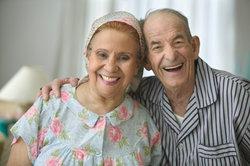 Sie können einen Antrag auf den Zuschuss zur Rente als Grundsicherung stellen.