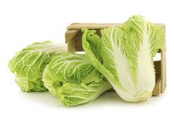 Kohlsuppe ist eine gute Möglichkeit, sich kohlenhydratarm zu ernähren.