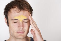 Eine Stirnhöhlenentzündung muss nicht zwingend mit Schnupfen einhergehen.