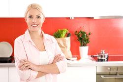 Eine geölte Arbeitsplatte in der Küche ist empfindlich.