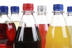 Ein- und Mehrwegflaschen sind pfandpflichtig.