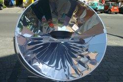 Auch der Solarkocher funktioniert durch Energieumwandlung.