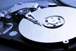 Daten unkompliziert auf externen Festplatten sichern.