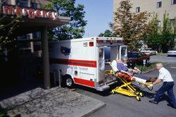 Der ASB ist auch im Krankentransport tätig.