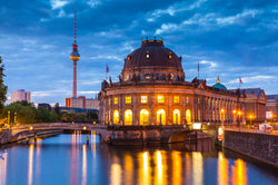 Die Doku-Soap spielt in der deutschen Hauptstadt Berlin.
