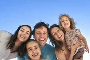 Zeigen Sie Toleranz und Akzeptanz in einer Patchworkfamilie.