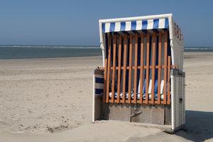 Für einen Urlaub auf Baltrum müssen Sie mit der Fähre anreisen.