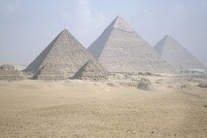 Die Pyramiden in Minecraft versprechen Reichtum.
