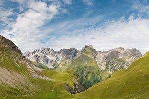 Eine Überquerung der Alpen zu Fuß stellt für viele Menschen die Erfüllung eines Traums dar!