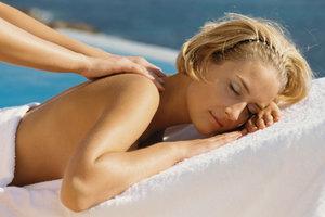 Eine wohltuende Massage macht den Urlaub gleich noch erholsamer.