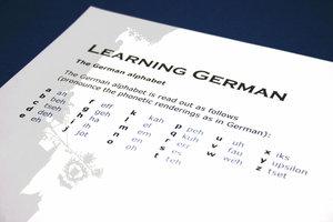 Deutsch zu lernen, ist nicht einfach.