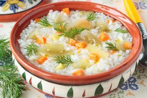 Im Ayurveda sollten Vata-Typen warme Speisen bevorzugen.