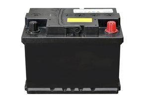 Die Autobatterie gehört ausschließlich in den Sondermüll.