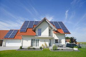 Edelmetalle, Immobilien und Aktien als rentable Sachwertanlage