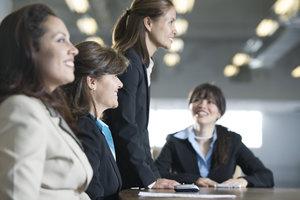 Bei der Planung eines Events sind viele Gespräche mit Helfern nötig.