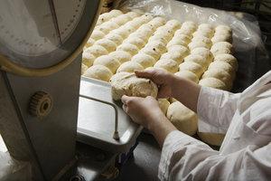 Bäcker haben einen typischen Frühaufsteherberuf.