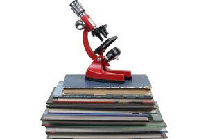 Gute Recherche ist grundlegend für eine erfolgreiche wissenschaftliche Arbeit.