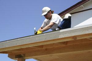 Vergessen Sie bei Renovierungsarbeiten den Dachkasten nicht.