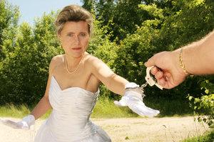Eine Brautentführung gehört zur Hochzeit.