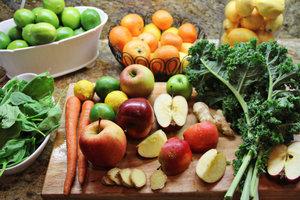 Die Detox-Diät befreit den Körper von Giftstoffen und schenkt neue Kraft für den Alltag.