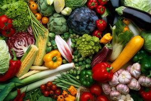 Kaufen Sie nach Lust und Laune buntes Gemüse für Ihr Raclette.