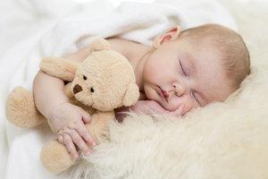 Babys brauchen viel Schlaf.