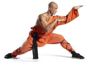 Kung-Fu ist eine Lebensphilosophie der Shaolin Mönche in Tibet.