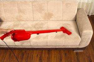 Polsterreinigungsgeräte reinigen Ihre Polstermöbel zuverlässig.