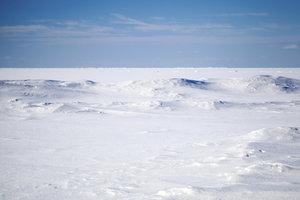 Die Arktis gehört zur Polarzone.