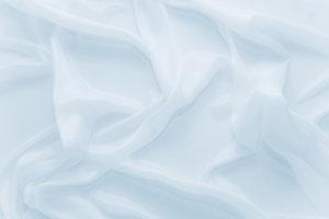 Bettwäsche mit Rayon-Gewebe lässt Sie weniger schwitzen.