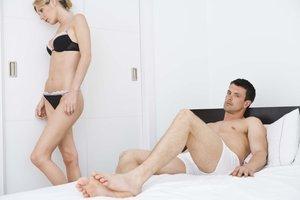 Wenn Mann immer zu früh kommt, kann das der Beziehung schaden.