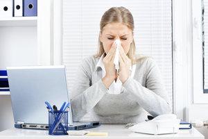Grundsätzlich müssen Sie dem Arbeitgeber nicht die Krankheitsgründe nennen.