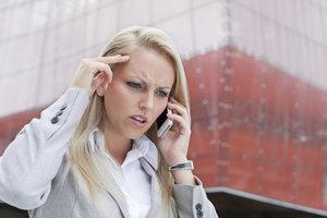 Mit dem iPhone können Sie unerwünschte SMS-Kontakte blockieren.