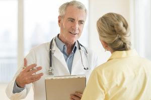 Arztberichte sollten dem Patienten auch erklärt werden.