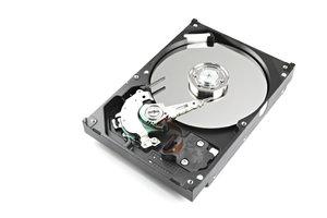 Eine Festplatte können Sie auch aus dem BIOS heraus formatieren.
