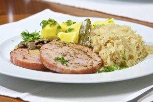 Kassler passt gut Sauerkraut.
