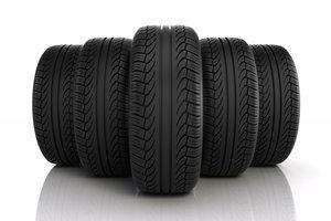 Die Nutzungsdauer von Reifen beachten