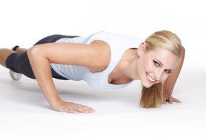 Pilates-Übungen gibt es auch für die Arme.