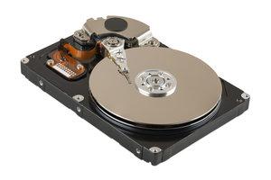Eine zusätzliche Festplatte ermöglicht das Speichern von mehr Daten.