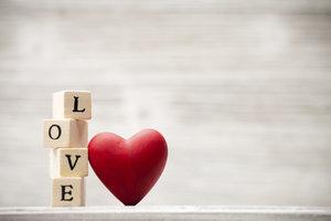 Unerwünschte Liebesbekundungen können zum Problem werden.