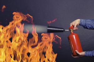 In einigen Ländern besteht eine Feuerlöscherpflicht für Pkw.