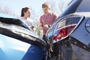 Unfallschäden bis 1300 € sind Bagatellen.